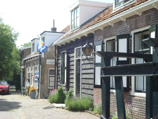 Dorpstraat 2
